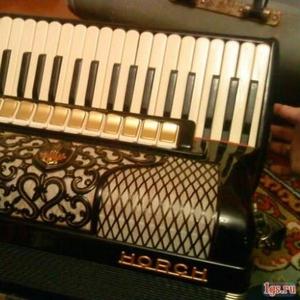 Продается немецкий аккордеон HORCH Superior