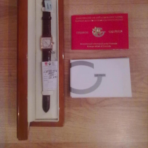 Продаю женские часы GRYPHON