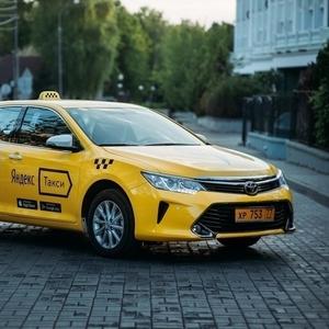 Водитель в ЯндексТакси