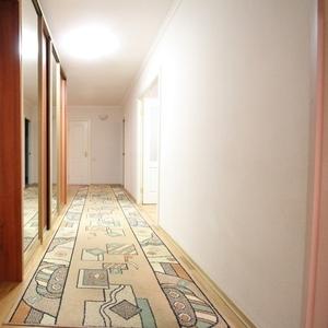 Аренда 3- х комнатной квартиры на длительный срок в Казани.