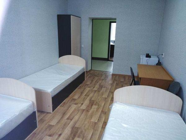 Посуточное проживание в 3-х местных комнатах 2