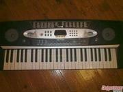 Продам синтезатор Elenberg